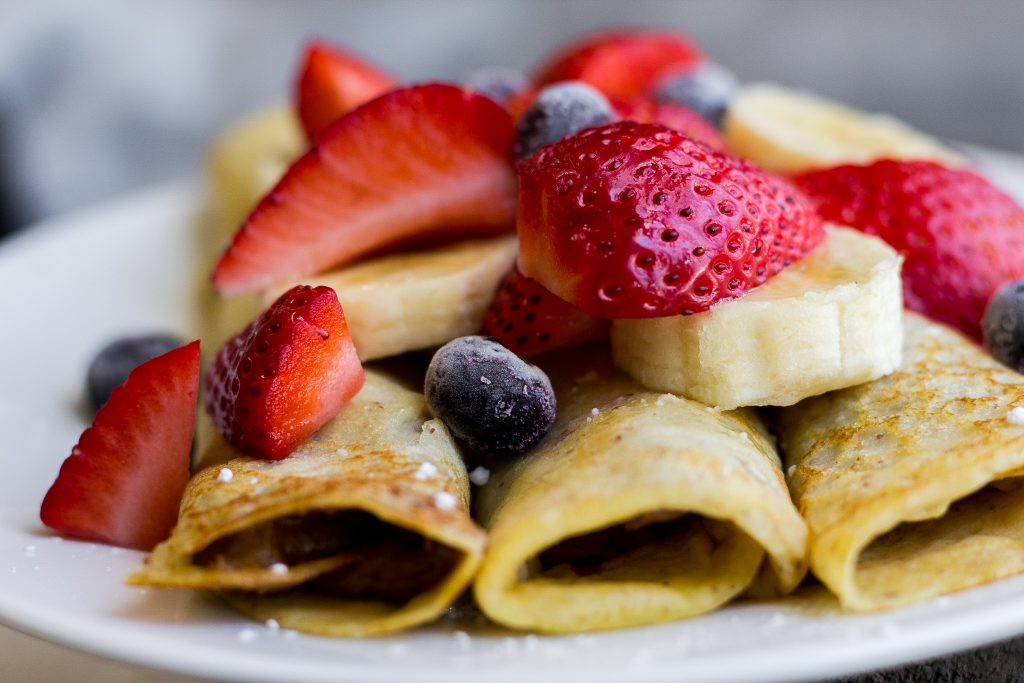 Healthy Chocolate Peanut Butter Crepes